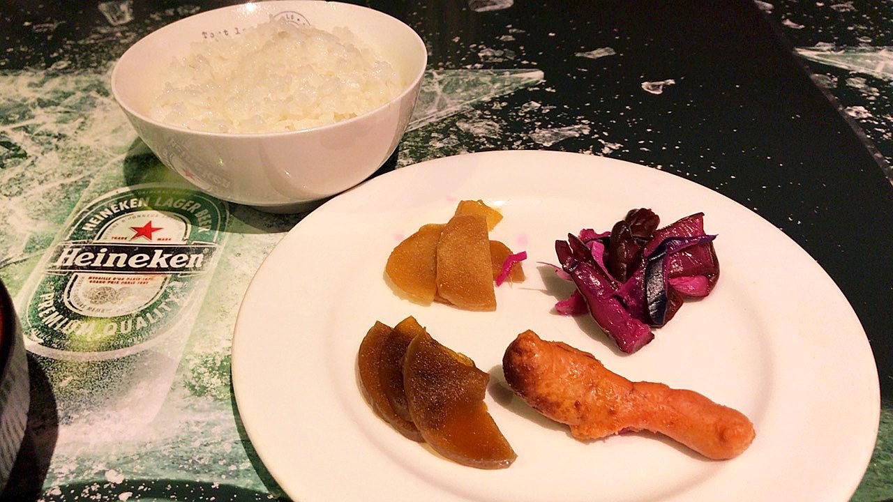 白飯と副菜の画像